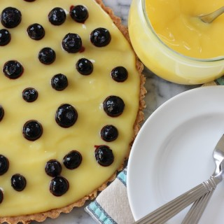 lemon curd tart with shortbread crust